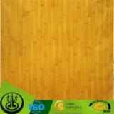 Деревянная бумага зерна как декоративная бумага с ясной картиной