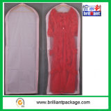 Couverture renversante de robes de mariage de promotion
