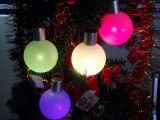 큰 공 크리스마스 불빛을 바꾸는 마술 큰 공 다중 색깔