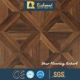 Suelo de madera afilado encerado teca del laminado de madera de la textura del tablón del vinilo de la viruta