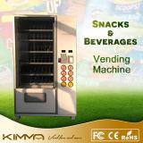 Chocolate do tamanho padrão e máquina de Vending do sumo de laranja