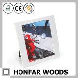 Frame de retrato de madeira branco quadrado moderno para o presente