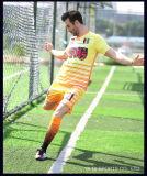 フットボールのサッカーのワイシャツセットのユニフォームの最新のフットボールジャージーはメーカーのカスタムサッカージャージーを設計する