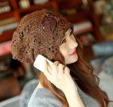 Casquillos del sombrero del cordón de la depresión del invierno del sombrero de la gorrita tejida de las señoras con las flores de la Doble-Capa