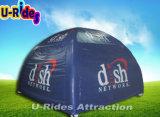 Petite tente gonflable campante de toit avec la contrefiche