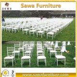 대중적인 방석을%s 가진 결혼식에 의하여 금속 Chiavari 이용되는 고대 겹쳐 쌓이는 의자
