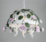 장식적인 녹색 잎 및 꽃 Wroght 분홍색 철 백색 끝마무리 펜던트 빛