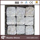 Pietra per lastricati del granito rustico giallo G682 con il buon prezzo