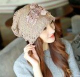Damenbeanie-Hut-Winter-Höhlung-Spitze-Hut-Schutzkappen mit Doppelt-Schicht Blumen