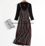 Zwei Farben-Frauen-Kleid