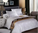 O fundamento do hotel ajustou do algodão a folha 100% de cama