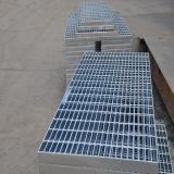 Горячая окунутая гальванизированная стальная решетка от фабрики
