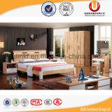 Schlafzimmer-Möbel-Typ Antike-europäisches festes Holz-Doppelt-Größen-Bett (UL-C02)