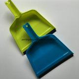 袋が付いている卸し売りプラスチックDustpan