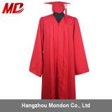 卸し売り赤い無光沢の高校卒業の帽子のガウンのふさ