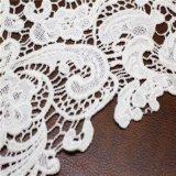 Ткани шнурка флористической вышивки химически для одеяний