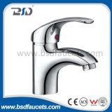 Chrom überzogener Wasser-Hahn-Bassin-Küche-Badezimmer-Wäsche-Bassin-Hahn