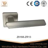 Traitement de levier de porte de bâton de triangle de nickel de satin de couvre-tapis (Z6103-ZR13)