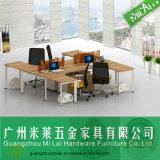 Sitio de trabajo de Seater de los muebles 4 de la oficina conceptora de la manera con la cabina