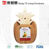 Conseil de découpage en bambou de forme d'ananas