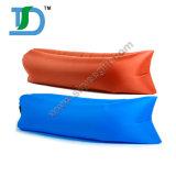 Infatableの防水ソファーを満たす空気