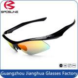 Guanghzou安いCustomeのスポーツのサングラスの古典的な配列の循環ガラス