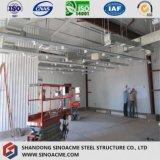研修会の構築を処理するための鉄骨フレームの構造