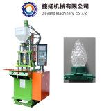 Weihnachtslichter, die Plastikspritzen-Maschine herstellen