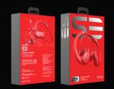 耳のイヤホーンで防水Bluetoothエムピー・スリー機能