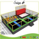 中国の工場製造者の子供のための屋外のトランポリンのゲーム