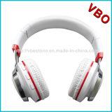 2016 écouteurs de Bluetooth de mode de nouveau produit avec la lumière instantanée de DEL (BT-18)
