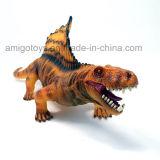 O modelo creativo dos miúdos brinca o dinossauro da simulação