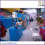 Cadena de producción de la protuberancia de la envoltura de cable del PVC de Hooha