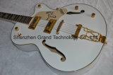 Изготовленный на заказ электрическая гитара с белым соколом