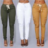 Form-Mehrfarbenschnüren-Bleistift-Hosen für Hose der Frau