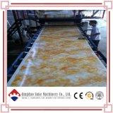 Protuberancia de mármol de la tarjeta del PVC que hace la máquina