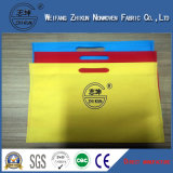 Polypropylenen colorido tingido recicl Girar-Lig a tela não tecida para bolsas