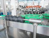 Machine d'embouteillage de l'eau de pétillement de bouteille en verre