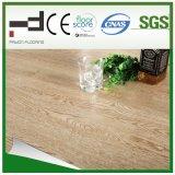 plancher stratifié par chêne en cristal de lumière de fini de 8mm et de 12mm pour la pièce de bâti