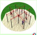 Niños al aire libre de la diversión de la gimnasia del patio de la aptitud que suben el equipo al aire libre del parque