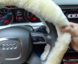 Tampa de roda Sewing da direção do carro do inverno da pele da mão