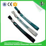 Kundenspezifischer professioneller populärer Entwurf und populäre gesponnene Wristbands