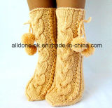 La coutume d'usine tricotent à la main des chaussettes de poussoir de gaine de l'hiver