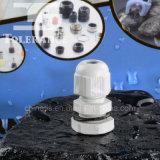 Pg9ナイロン物質的な防水ケーブル腺