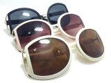 Gafas de sol plásticas de la manera del nuevo diseñador de la marca de fábrica con insignia de encargo
