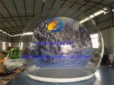 Cupola gonfiabile della bolla di natale di formato umano