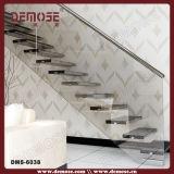 屋内隠れるキール浮遊階段(DMS-6024)