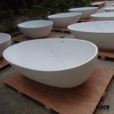 Vasca da bagno di pietra artificiale di lusso della stanza da bagno di figura comoda dell'uovo