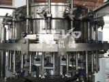 Alta calidad automático 3-en-1 Botella de vidrio de bebida carbonatada máquina de rellenar la planta / Embotellado
