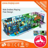 Labyrinthe d'intérieur de château mou de cour de jeu d'enfants